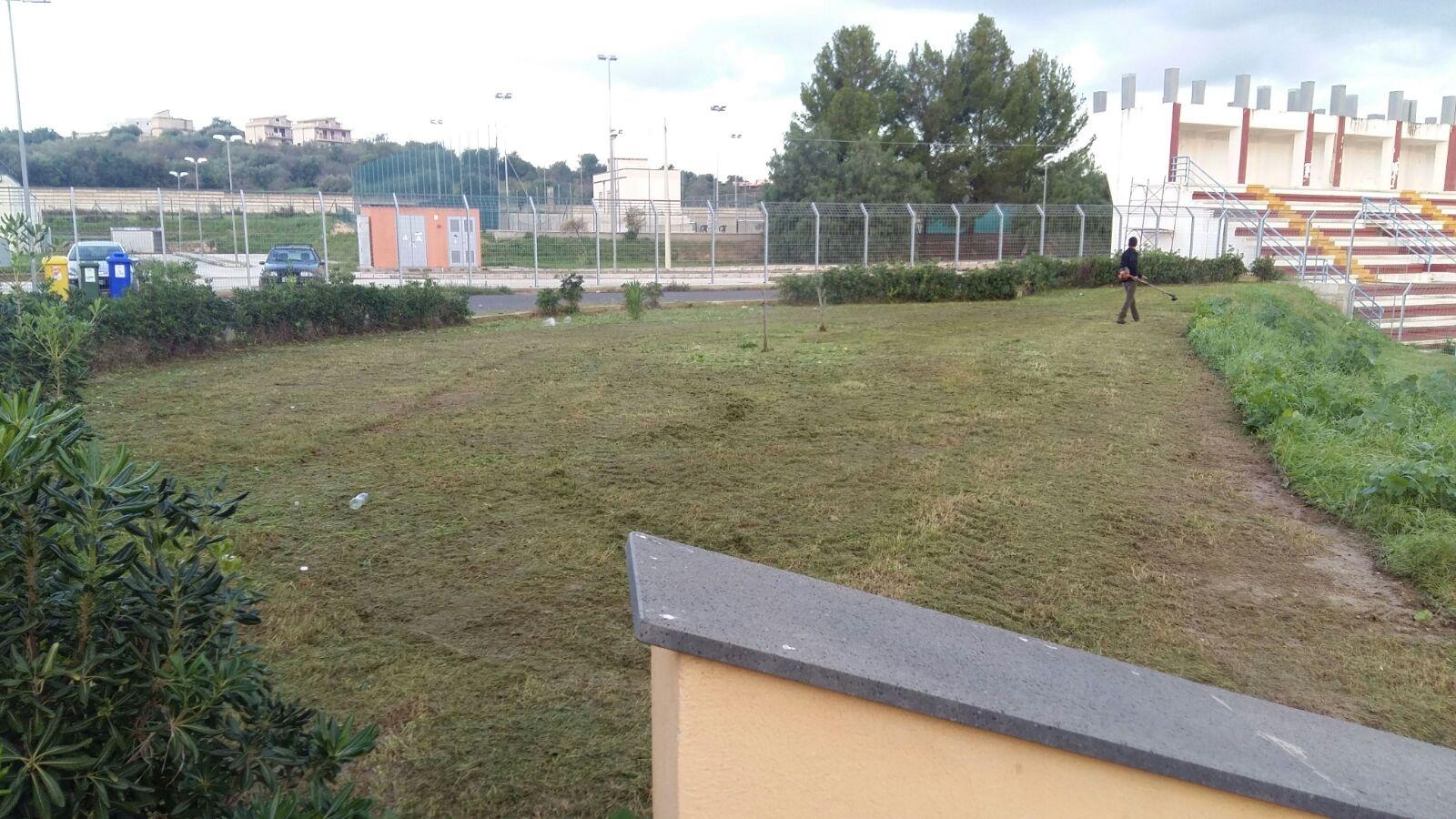 Noto interventi di manutenzione nel centro sportivo - Interventi di manutenzione ...